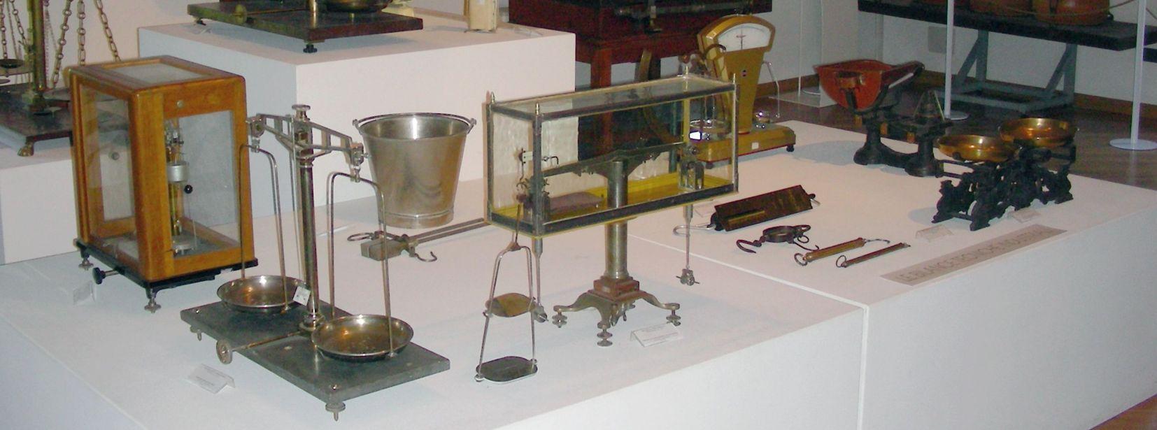 Le bilance nella storia tra evoluzione tecnico-scientifica e usi popolari